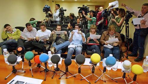 Periodistas rueda de prensa